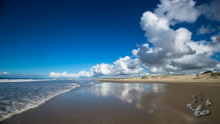 Praia Hermenegildo