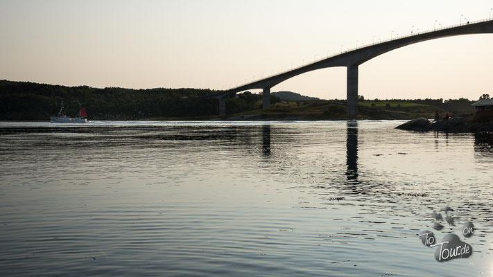 Saltstraumen - vom Ufer sieht man kaum etwas