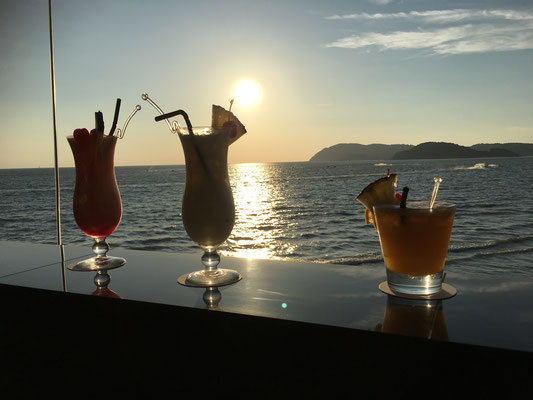 drinks at cenang beach (name of the bar: The cliff Langkawi)