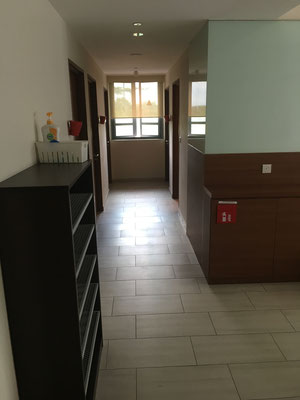 the entry of the 6 bedroom apartment