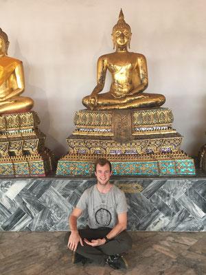buddha pose