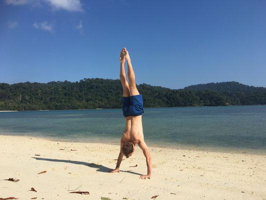 practise handstand