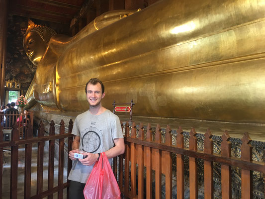 sleeping buddha (more than 40 meters long)