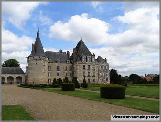 © virees en camping car Châteaux de la Loire