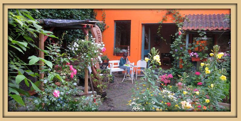 Garten der Galerie Frutti dell'Arte, Eingang Galerie. Aachener Kunstroute 2016