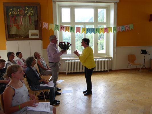 Verena An den Matten verdant Fridolin Baumgartner 18 Jahre Einsatz für den Sooler Chor.