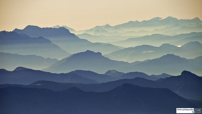 Alpen aus 3.000 Meter