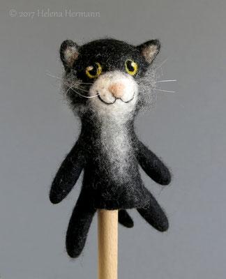 Gefilzte Fingerpuppe schwarze Katze, 2017