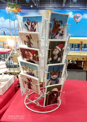 Weihnachtsmarkt, BaseCamp Bonn, 2017. Postkarten mit Portrait-Aufnahmen meiner Filztierchen :)