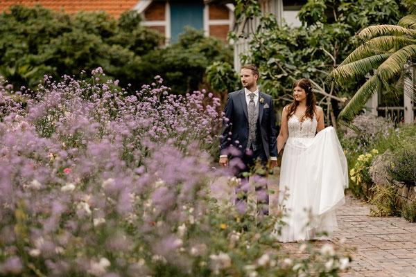 Brautpaar Fotoshooting in Oldenburg, Schlossgarten