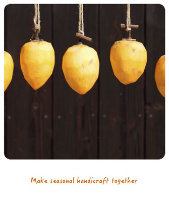 Make seasonal handicraft together.