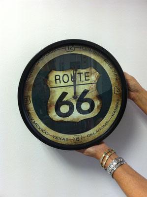 Metalluhr Route 66 Motiv