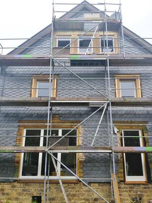 Neue Fenster und neue Fensterlaibungen für unseren Fachwerkhof auf der Südseite.