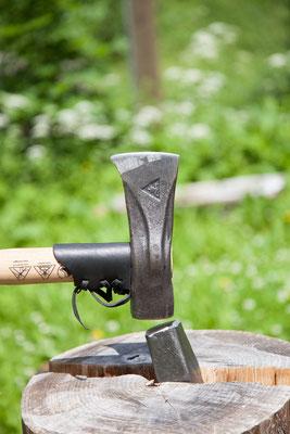 Spaltaxt und Spaltkeil von Krumpholz