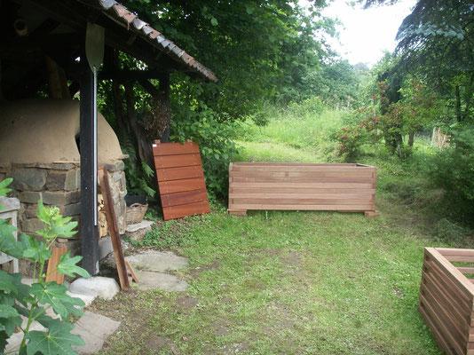 Hochbeet aus Cumaru UK am Brölerhof