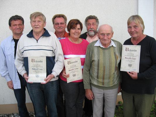 Mitgliederehrungen 2010: v.l. Jörg Rudolph, Helmut Lenz, Harald und Renate Lang, Dieter Fritsch, Siegfried Kern und Roswita Lenz