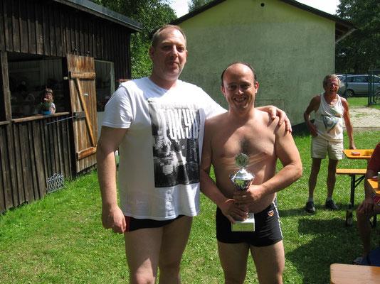 Wettkampfpokal 2013/14: Carlo Korlek (rechts)