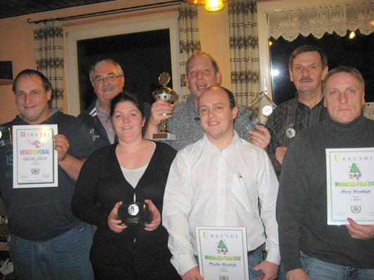Pokalsieger 2013, v.l.: Martin Biber, Franz Teuchert, Kathrin Korlek, Markus Mühleis, Carlo Korlek, Günter Goßler und Jörg Korlek