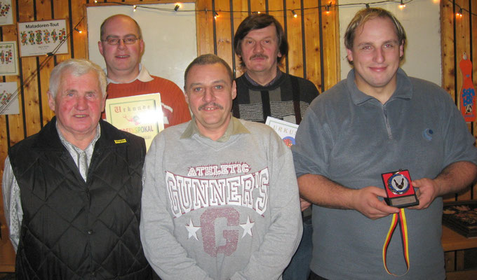 Pokalsieger 2009: v.l. Gustav Hornischer, Thomas Braun, Heinz Pusch, Günter Goßler und Martin Biber