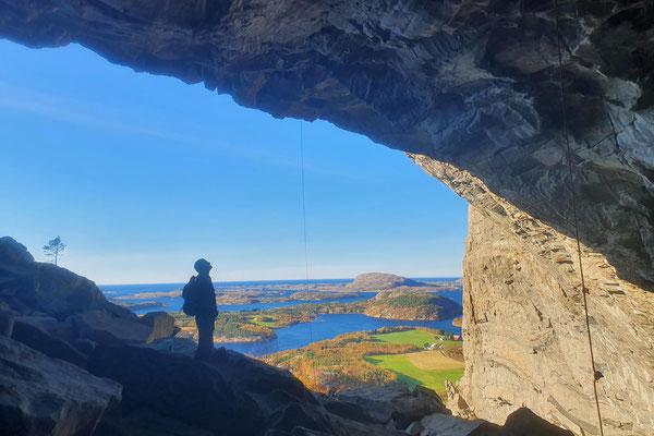 Die berühmte Höhle von Flatanger