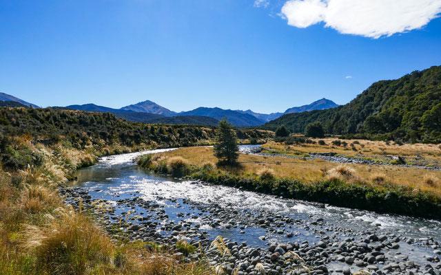 Aparima River erste Flussüberquerung am Te Araroa