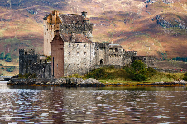 Foto - kein Gemälde von Eilean Dunnan Castle / it is a picture not a painting of the castle Eilean Dunnan