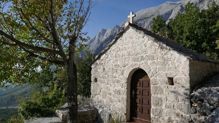 Die Kapelle Sv. Rok ist Ausgangspunkt für viele Klettertouren