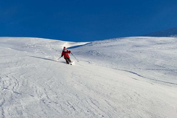 toller Schnee bei der Abfahrt vom Fagerfjellet