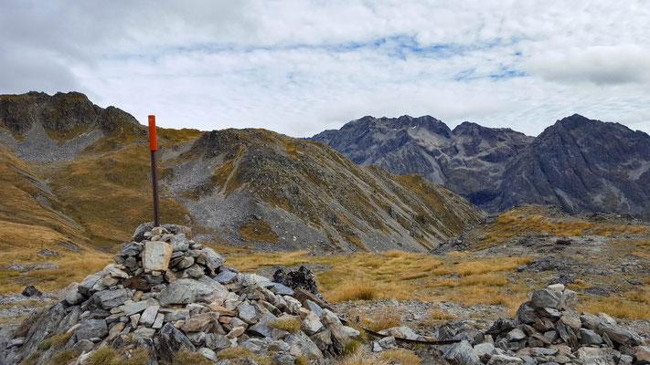 Traverse Saddle Nelson Lake National Park