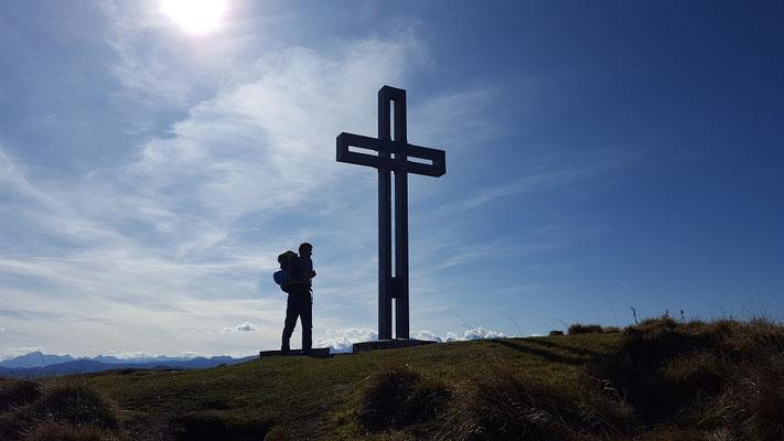 Gipfelkreuz am Loser