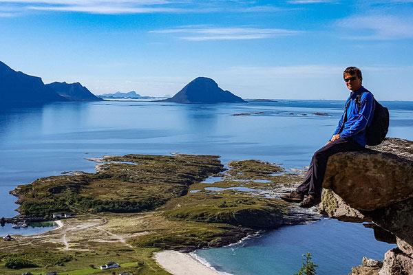 Wandern auf Sørfugløy/ Hiking in Sørfugløy