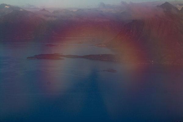 Heloerscheinung auf dem Gipfel des Rødøyløva