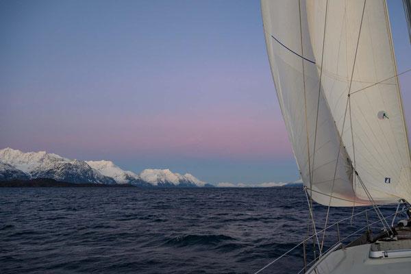 Segeln im Lyngenfjord