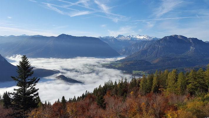 Wolkenmeer mit Blick zum Hohen Dachstein