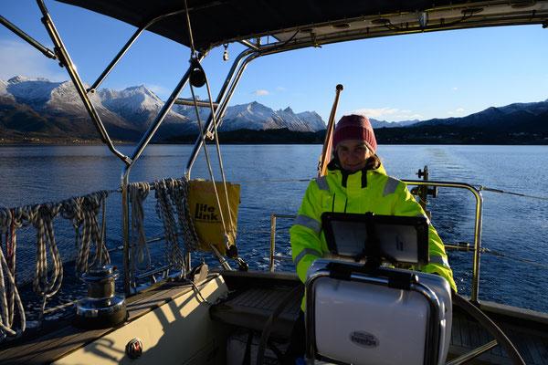 mit der richtigen Kleidung macht segeln auch im Winter Spass