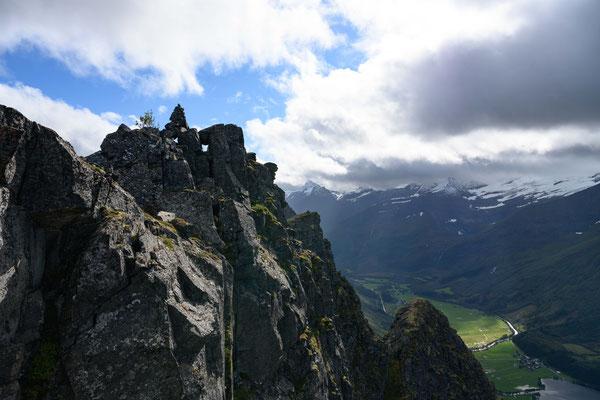 am Gipfel des Straumshornet - on top of Straumshornet