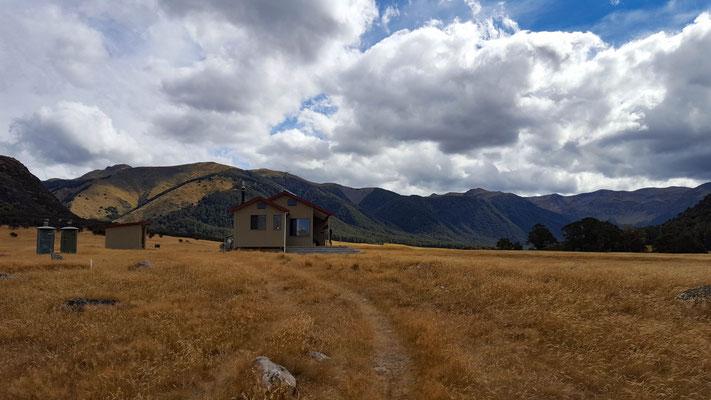 Anna Hut Te Araroa