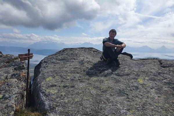 Der Gipfel des Hamerøyskaftet, flacher als erwartet