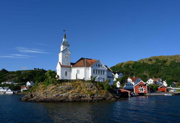 Kirkehamn, die Kirche gibt dem Hafen ihren Namen