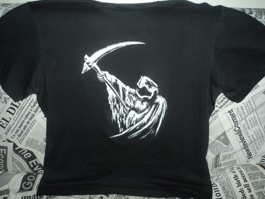 Camiseta parca diseño remodelado por HMC para particular.