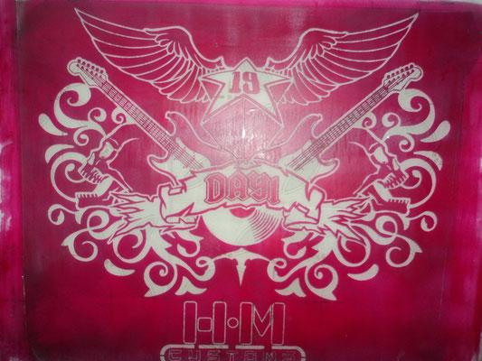 Plantilla o pantalla de Diseño de HMC camiseta ROCK.