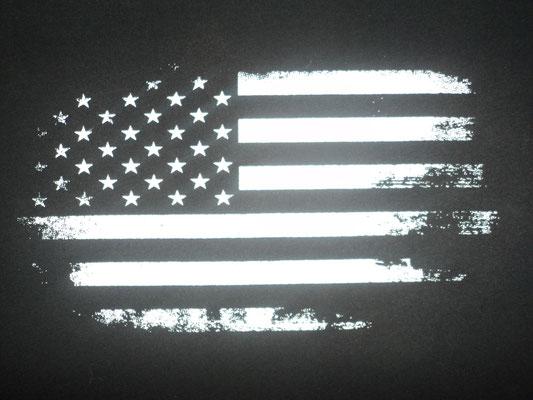 Diseño  bandera grunge remodelado por HMC, 1er color.