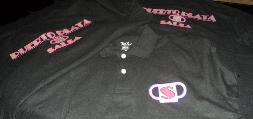Polos para el pub Puerto Plata Salsa (Logos frontal y trasero a 4 y 3 colores respectivamente).