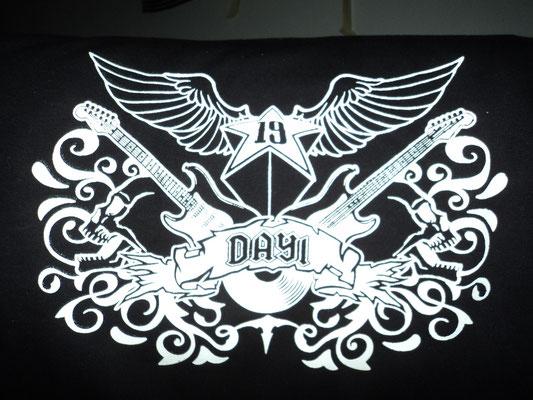 Diseño por encargo personalizado con motivo de ROCK (Detalle)