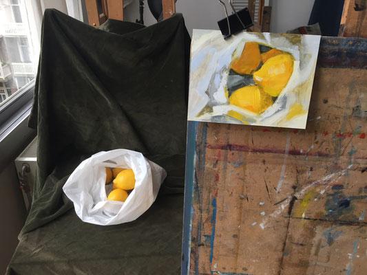 Painting lemons by Philine van der Vegte, atelier setup