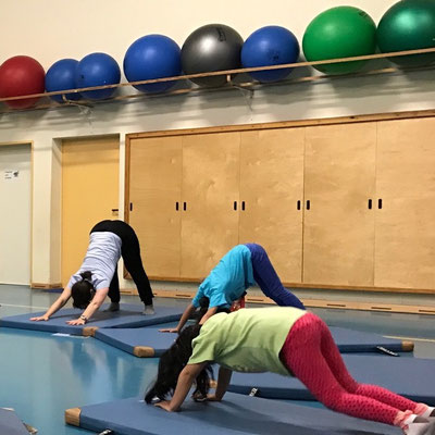 Kinderyoga für die Initiative Lokstedt in motion