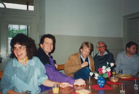 Gäste im Schulhaus: (v.li.) Fränzi Anliker, Werner Marti, Rolf Hürlimann, Gottfried Meier, Bernhard Schindler