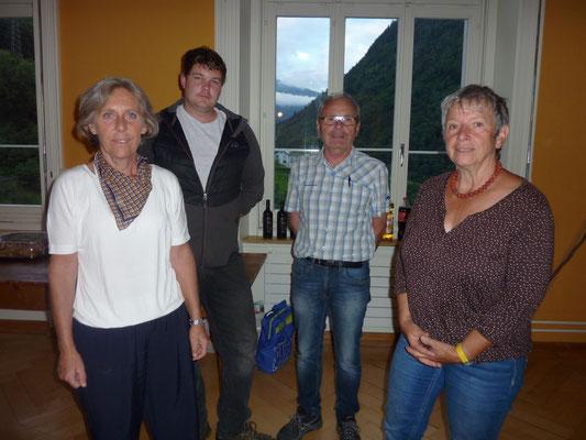 Der alte Vorstand, v. li. Maya Kobi, Christian Streiff, Kurt Heller, Cécile Leiser
