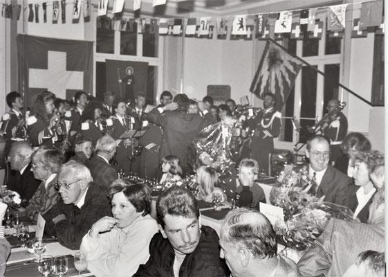Die Festgemeinde, u.a. div. Regierungsräte