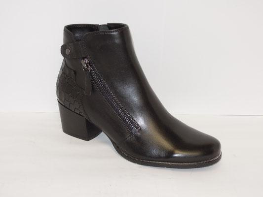 cuir noir - talon 5cm - 110€